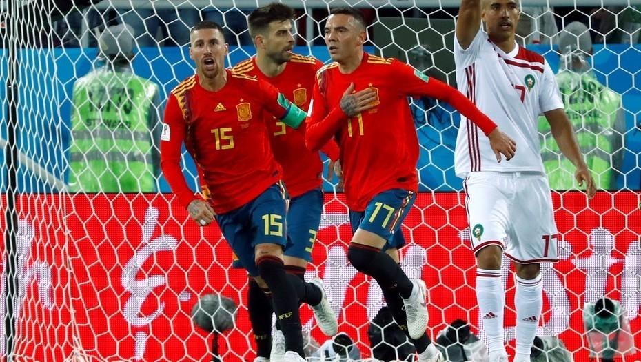 España se salvó al final, está viva pero malherida y juega con Rusia