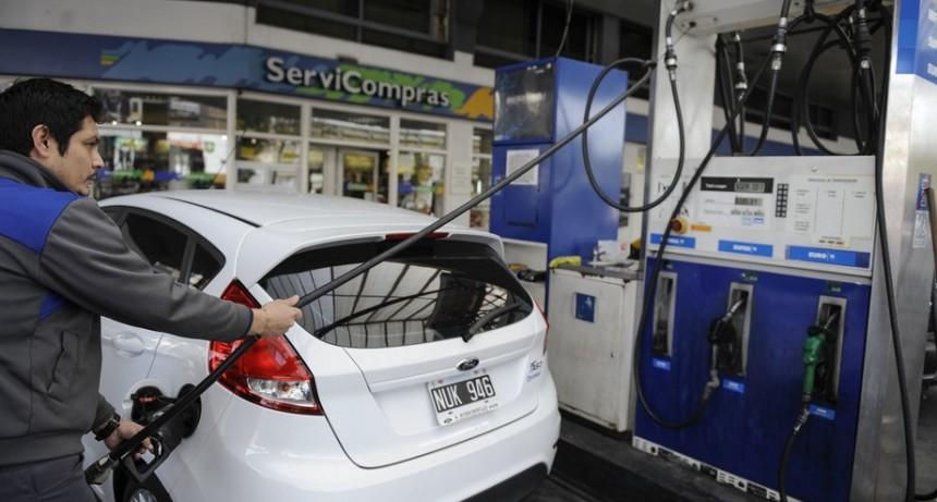 Al final, sube el precio de los combustibles por el cambio de un impuesto