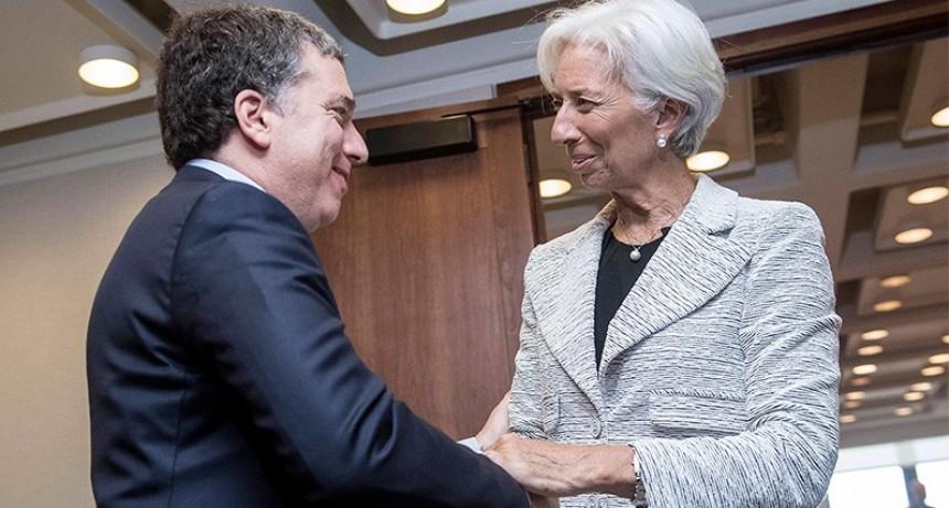 El Gobierno busca acelerar negociaciones con el FMI a cambio de un ajuste mayor