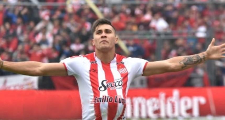 Con presencia entrerriana, San Martín de Tucumán goleó Sarmiento y volvió a Primera