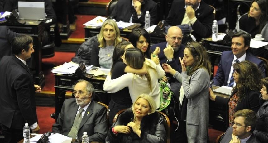 Diputados aprobó el aborto legal: 129 a favor, 125 en contra y 1 abstención