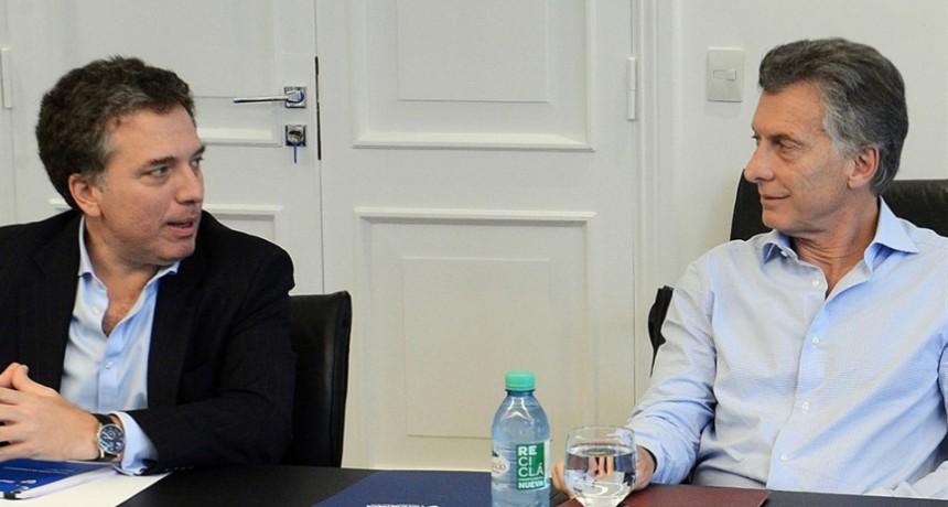 El Presidente se cansó de la falta de resultados y se recostó en Dujovne