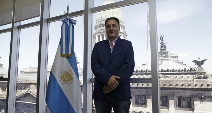 REFORMA ELECTORAL. EL PROYECTO DE BORDET DEBILITA AUN MAS LOS PARTIDOS POLITICOS