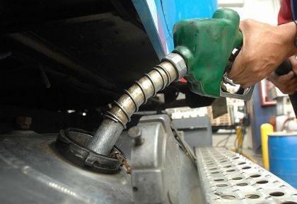 YPF y Shell aumentaron un 1,5% sus combustibles