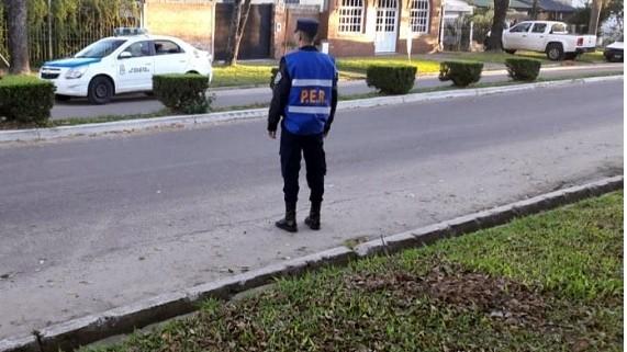 Policía es colisionado en operativo de transito
