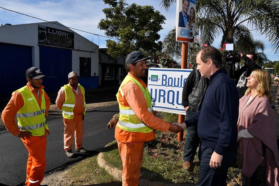 El Gobernador Bordet recorrió las obras de re-asfaltado