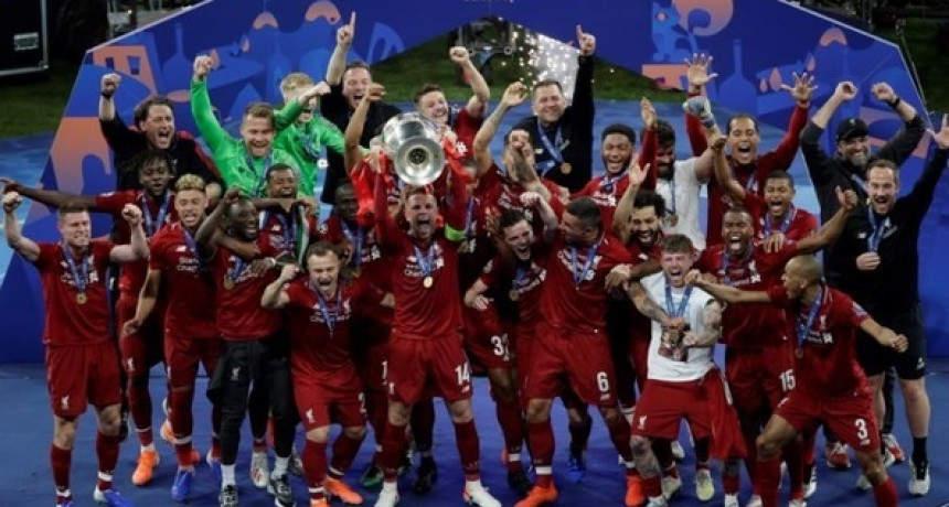Champions League: Liverpool golpeó primero y supera al Tottenham en la Final
