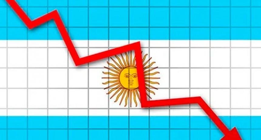 Afirman que en 2019 Argentina será la séptima recesión más profunda del mundo