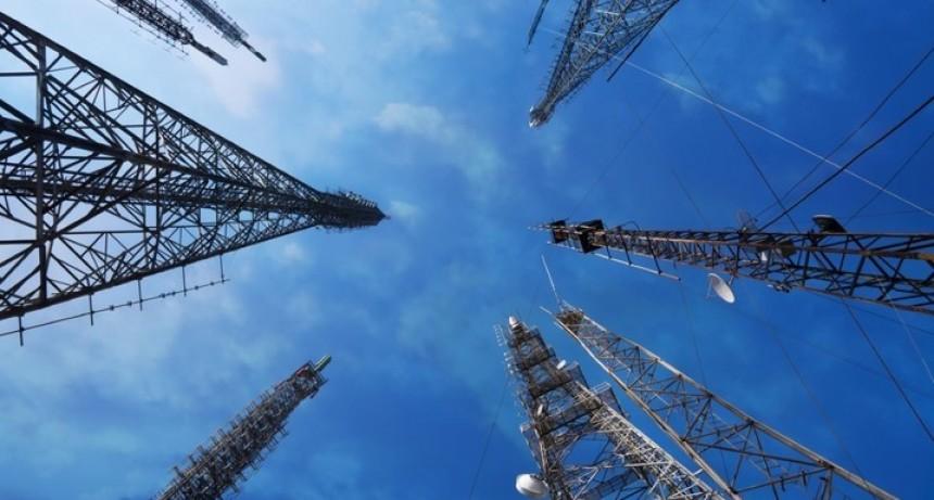 Habrá roaming de telefonía celular e Internet móvil en todas las rutas del país