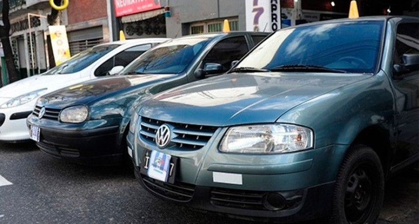Otra vez cayó la venta de autos usados