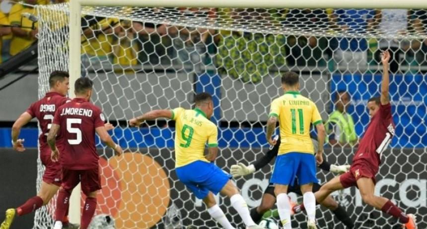 El VAR le anuló dos goles a Brasil y fue empate en cero con Venezuela