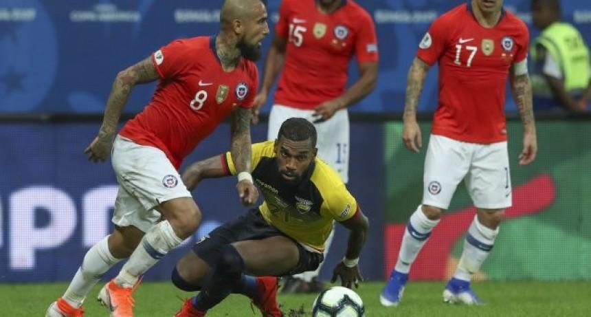 Chile le ganó a Ecuador y se metió en cuartos