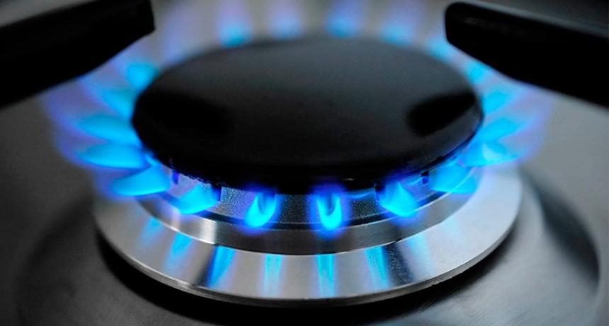 El Gobierno oficializó el diferimientos del aumento del 22% del gas natural