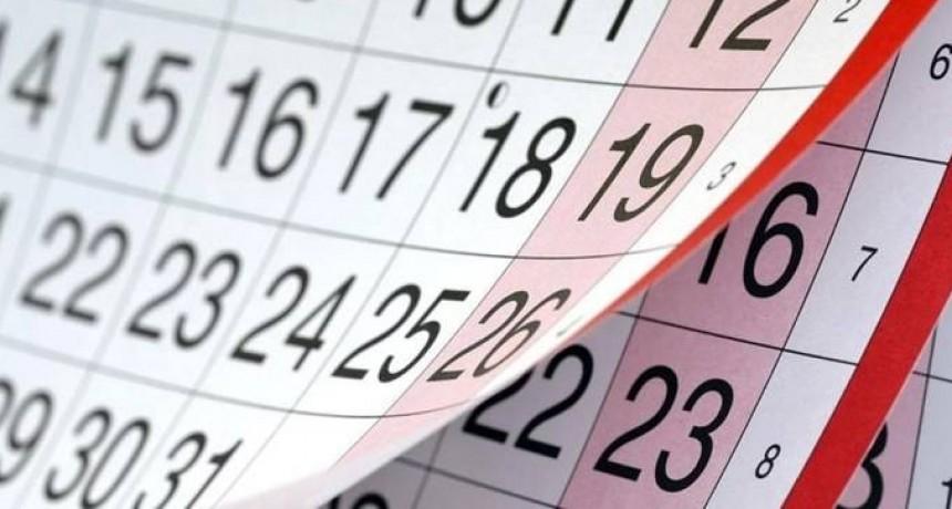 ¿Se trabaja el 8 de julio? ¿Y qué pasa con el feriado del martes 9 de julio?