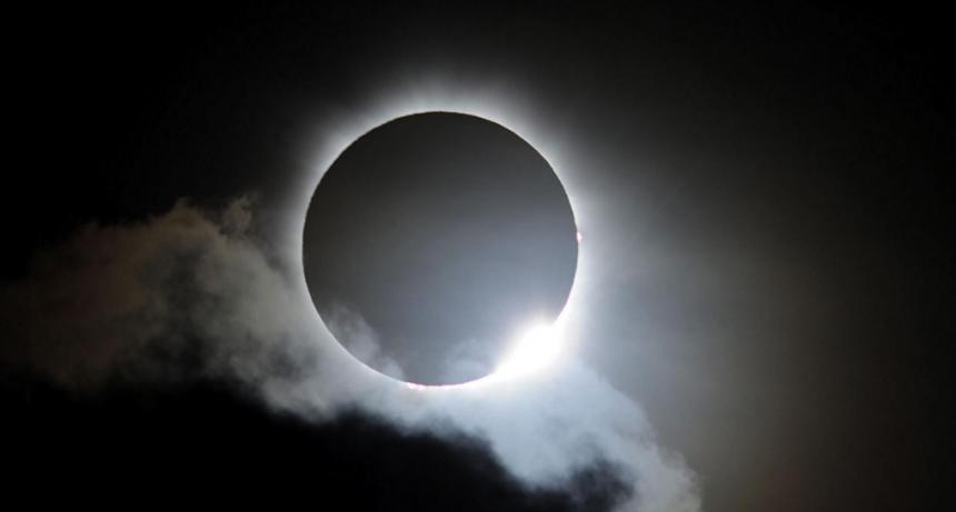 Crece la expectativa por el mayor eclipse total de Sol que se verá en Argentina
