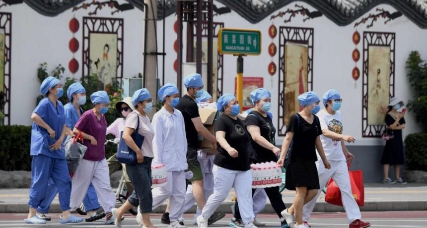 ¿Nueva ola de contagios?: Cinco rebrotes que preocupan al mundo