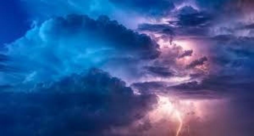 Rige un alerta por tormentas fuertes para una zona de Entre Ríos