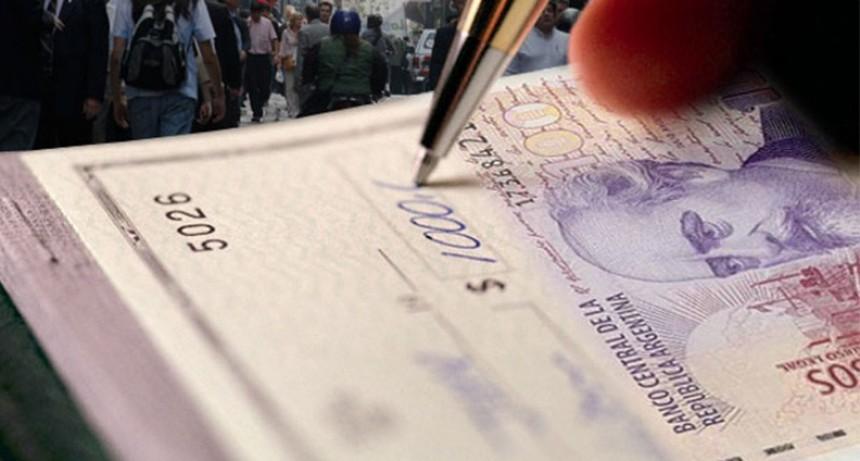 Extienden vigencia de medidas sobre cheques, cajeros y créditos