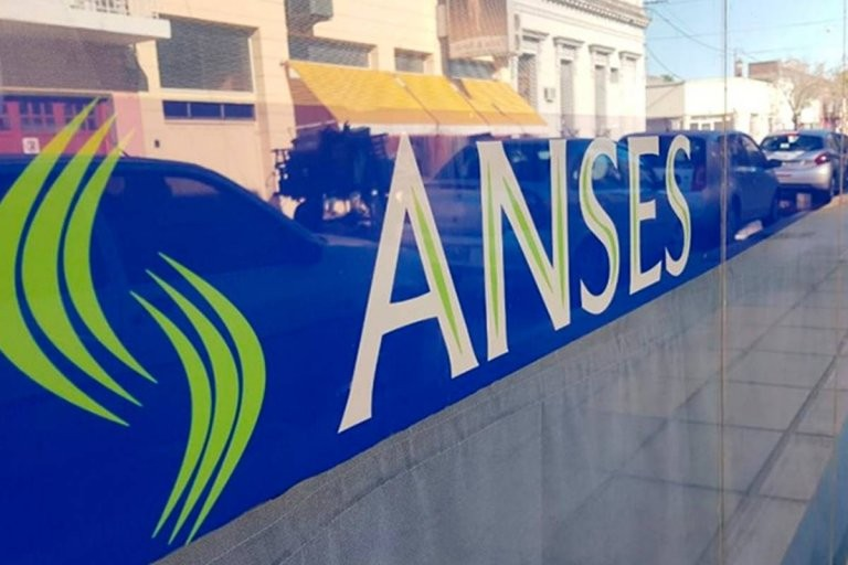 ANSES detalló los beneficios que se abonan este martes