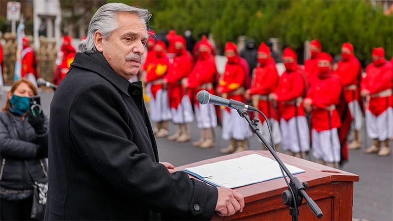 Fernández recordó a Güemes y se comprometió a trabajar por la unidad del país