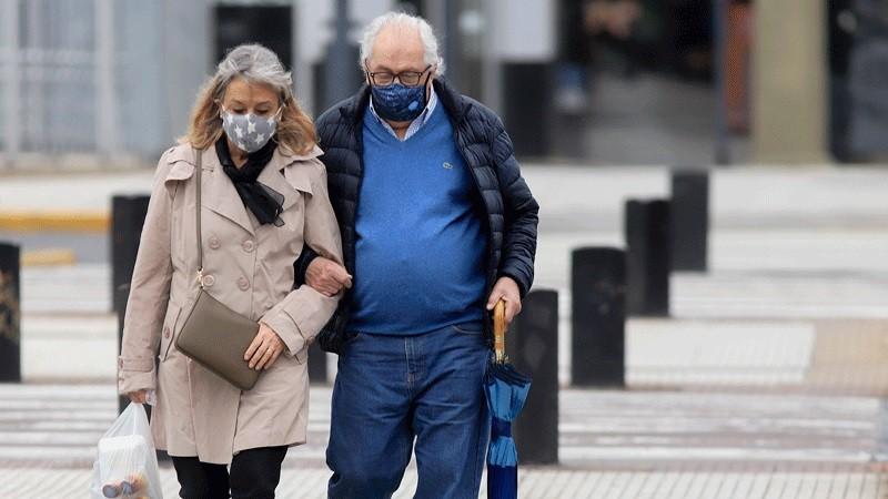 Reportaron 448 muertes y 8.606 contagios por coronavirus en el país