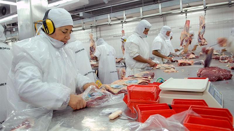 Claves de las medidas anunciadas para tratar de que baje el precio de la carne