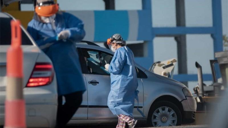Reportaron 792 muertes en el país y el total de fallecidos ya superó los 90.000