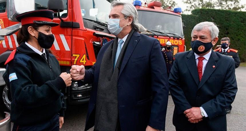 Fernández promulgó la Ley de Fortalecimiento del Sistema de Bomberos Voluntarios