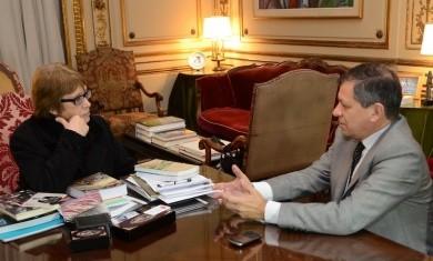 Pedro Báez repasó la gestión cultural con la ministra Teresa Parodi