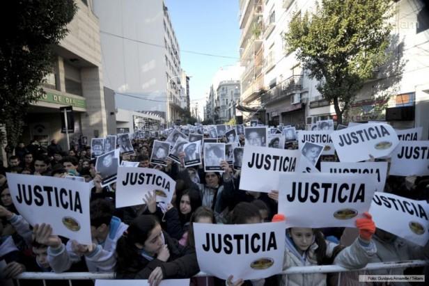 """Con cuatro actos reclamaron """"verdad y justicia"""" para las víctimas del atentado a la AMIA"""