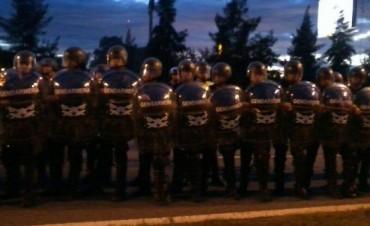 Corte y desalojo con violencia en ruta Panamericana