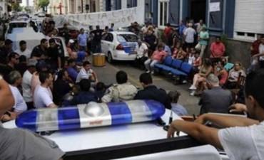 """Para el fiscal general de Entre Ríos, el motín policial fue un delito contra el orden constitucional provincial"""""""