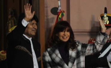 Cristina y Evo Morales inauguraron el monumento a Juana Azurduy