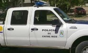 En Feliciano, cuatro delincuentes con armas de fuego asaltaron a una familia