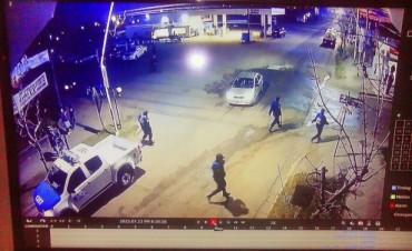En Feliciano: Cámara de seguridad registró la agresión a un funcionario policial