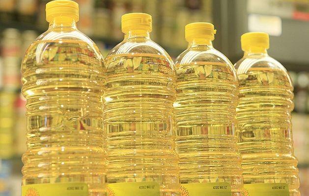 Afirman que no se puede obligar a comprar otro artículo para llevar un aceite