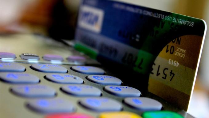 La Cámara Argentina de Comercio reclamó por las comisiones de tarjetas
