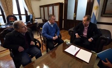 Bordet firmó el decreto que duplica el subsidio de la tarifa eléctrica a los clubes