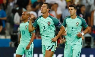 Con un gol de Cristiano Ronaldo, Portugal eliminó a Gales y avanzó a la final de la Eurocopa