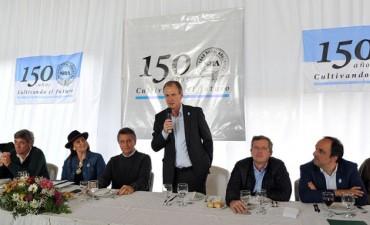 A diferencia de La Paz, el Gobernador Bordet fue invitado a la Rural de Palermo