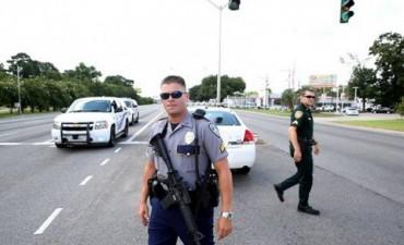EE.UU: Matan a tiros a tres policías y dejan otros siete heridos graves