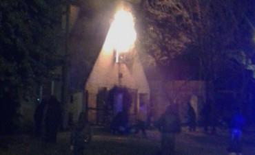Por un voraz incendio familia federalense perdió gran parte de su vivienda