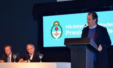 Bordet rubricó con el ministro Ibarra un acuerdo para modernizar el Estado