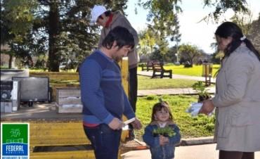 Vecinos del centro se sumaron a la campaña de recolección de residuos eléctricos y electrónicos