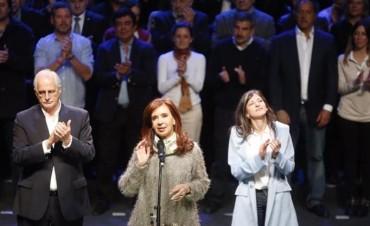 Cristina lanzó su candidatura a senadora en Mar del Plata y llamó a votar en