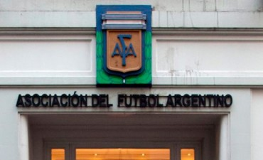 El plan de AFA para que la Primera División pase de 28 a 20 equipos
