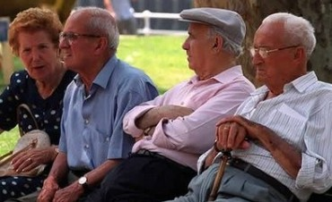 Oficializaron nuevos créditos para jubilados y pensionados: Los detalles