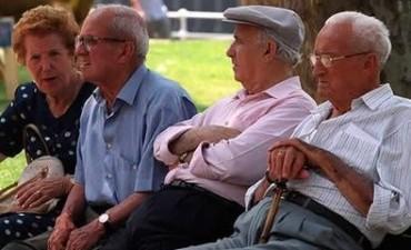 El Gobierno buscaría una extensión optativa de la edad jubilatoria