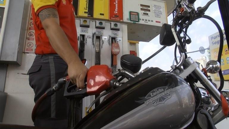 Se vienen nuevos aumentos de combustibles: ¿cuánto subirán?