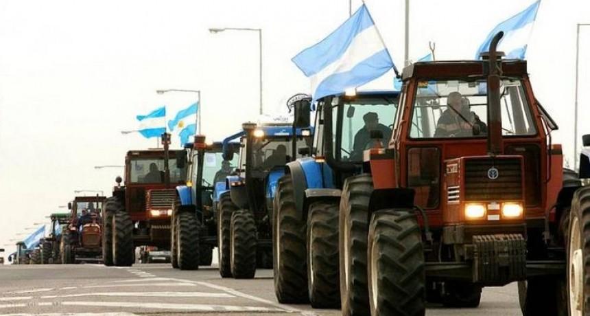 Etchevehere enfrentará el primer tractorazo de la Federación Agraria